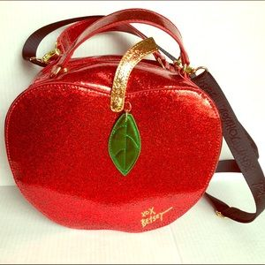 Betsey Johnson Apple Lunch Bag